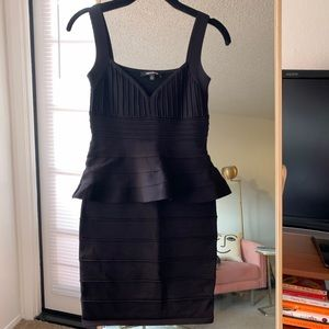 Body-con peplum dress 🖤 Brand new, never worn
